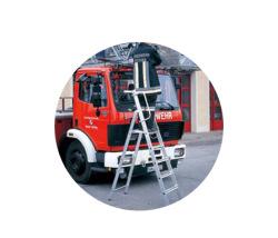 Stojacie rebríky s bezpečnostnou plošinou
